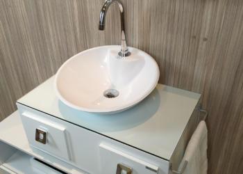Cuidados que você deve ter na hora da instalação do gabinete gaam em seu banheiro.