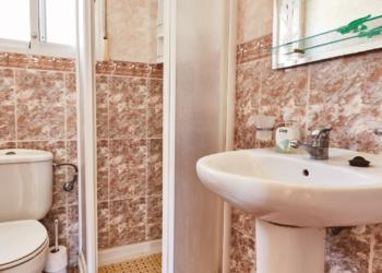 Como reformar o banheiro de casa alugada